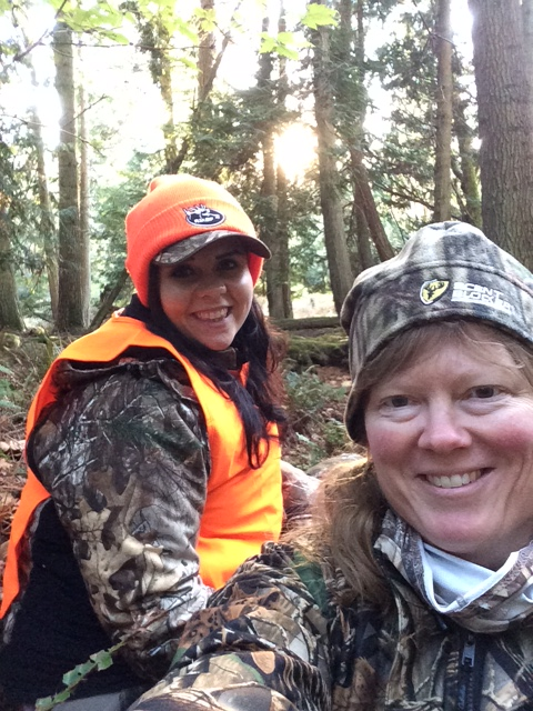 country huntress deer hunting